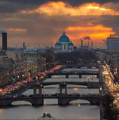 Saint Petersburg in the evening. (One to Russia) Tags: showmerussia followme tour tours tourist spb piteronline saintpetersburg travel traveling travelgram travellife travelrussia traveltorussia welcometorussia citybestpics look livingeurope adventure italianlandscape питер санктпетербург venice roma florence