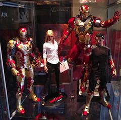Iron Man 3 (becauseBATMAN) Tags: hot toys iron man avengers pepper potts mark 42 armor suit heartbreaker tony stark 3 16 figure collectible die cast one sixth mk marvel collection plastic