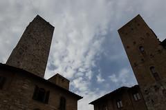 Torri  fra le nuvole a San Gimignano (Mancio85) Tags: towers torri san gimignano toscana tuscany italia italy landscape paesaggio sky cielo clouds nuvole canon 80d