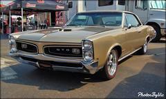 '66 Pontiac GTO (Photos By Vic) Tags: 1966 66 pontiac gto classic car carshow generalmotors antique automobile vehicle vintage musclecar 2017goodguys3rdnorthcarolinanationals