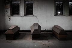 Le QG de Dracula (Travelers Of The Past) Tags: mort cimetière cercueil dead death urbex urban exploration urbaine friche decay lost place forbidden places abandoned abandonné forget forgotten explorer