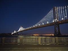 San Francisco 2016 (hunbille) Tags: usa america california sanfrancisco san francisco oakland bay bridge oaklandbaybridge baybridge rinconpark rincon park dusk fence