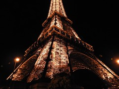 The only way is up (The Stig 2009) Tags: eiffel tower night light icon iconic thestig2009 stig 2009 2017 tony o tonyo paris france romance city love