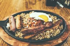 Breakfast Skillet (Daniel Y. Go) Tags: fuji fujix100f x100f dennys food breakfastskillet dinner