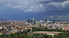 Storm on the horizon (_Nick Photography_) Tags: img1987 milano milan horizon storm cityscape skyline panorama stormingweather blackclouds heavyclouds nickphotography canoneos6d