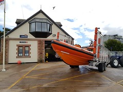2017 0625 527 (SGS8+) Silloth (Lucy Melford) Tags: samsunggalaxys8 cumbria silloth rnli rescue boat