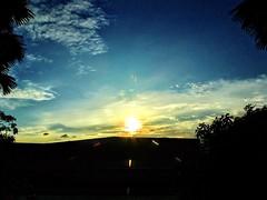 """""""Beautiful Sunset"""" #tgif #beautifulsunset #bluebluesky #goldsky (jeftwong) Tags: tgif beautifulsunset bluebluesky goldsky"""