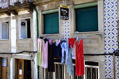 FXT16275 (Enrique Romero G) Tags: braga ropa colada portugal fujitx1 fujinon18135