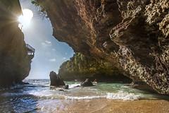 Bali - Ulawatu (DemoGiPhotography) Tags: bali ulawatu beach waves surf nikon d7200 sky rays nature landscape vacation exploring