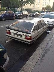 Citroen BX 19 GT 2 - Paris (75013) (Raphael Drake) Tags: epave voiture car wreck paris decay citroen bx 19 gt bx19gt