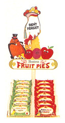 Vintage 1972 Hostess Fruit Pie Store Display (gregg_koenig) Tags: vintage 1972 hostess fruit pie store display 70s snack cakes magician wrapper ibc