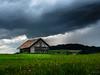 Kaltfront (uhu's pics) Tags: scheune wiese blumen feld himmel kaltfront fuji fujifilm fujinon xpro xpro2 35mm flowers suisse switzerland schweiz bern barn rain meadow wolken clouds