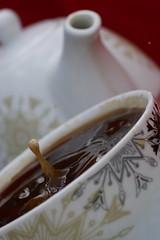 Kaffeetropfen19 (jugglingpics) Tags: drops tropfen kaffee tee