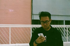 people these days. (rndyrenaldy) Tags: bandung indonesia analog analogphotography 35mm olympus olympusom1n people food fujicolor fujifilm fuji superiaxtra400 superia superiaxtra fujicolorsuperiaxtra400