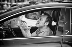 Untitled (Steve Lundqvist) Tags: candid shot man people blackandwhite bw italy italia persone monocromo gesture gesto element shoot shooter photography photo scene view life snapshot snap traffic disappointing rush hour streetphotography fujifilm x100s car driver ungry unger disappointed impatient