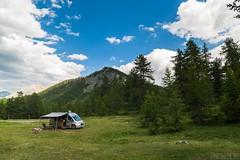 Relax nei boschi-3 ( YariGhidone ) Tags: rosso cesana lago nero claviere monti della luna van life vanlife campe furgone vita avventure adventure campfire camping wildlife wild camper