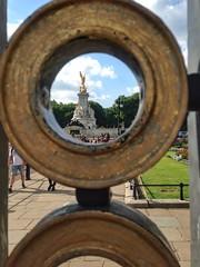 Buckingham Palace (brimidooley) Tags: london uk england city travel buckinghampalace greatbritain britain citybreak gb europe unitedkingdom londra londres ロンドン