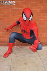 IMG_1820.jpg (Neil Keogh Photography) Tags: gloves spiderman tvfilm marvel theavengers webs boots comics red spidey blue spider theamazingspiderman mask videogames manchestersummerminicon marvelcomics jumpsuit black peterparker cosplayer cosplay male white