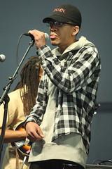 Rhiannon Giddens (2017) 18 - Justin Harrington (guest) (KM's Live Music shots) Tags: rap unitedstates rhiannongiddens neworleansjazzheritagefestival bluestent fairgroundsracecourseneworleans