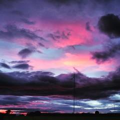 Cielo multicolor (arquitecte G) Tags: skycielocolores nuves luz tonosrosas sky blue rgb