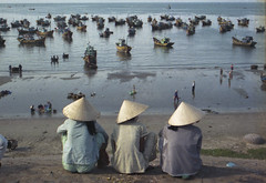 Phan Thiết, Vietnam 2004 (Chris Hooton) Tags: filmphotography