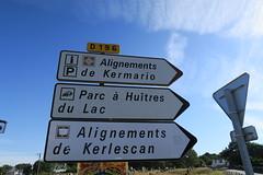 090 Carnac - Alignements de Kermario (Photos et Voyages) Tags: carnac morbihan bretagne alignements kermario menhir