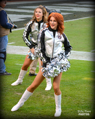 2016 Oakland Raiderettes Catherine & Wendy