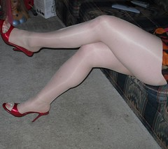 Myself at home doing what I do! xxoo #pantyhose #shinynylons #shinypantyhose #shinypantyhosedlegs #nudepantyhose #pantyhosefetish #pantyhoselegs #nylonlegs #heels #highheels #highheelshoes #sexyheels #tights #nylons #legs #legsfordays #prettylegs #crossed (purepantyhose) Tags: instagramapp square squareformat iphoneography uploaded:by=instagram
