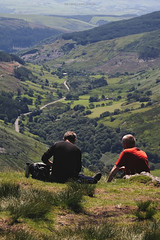 Cadair Idris (leecaine) Tags: wales snowdonia uk mountain mountains people walking hiking break rest valley