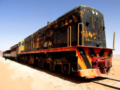 019.955 stands in the desert west of Wadi Rum at the end of our short trundle... (Scubatrack) Tags: jordan wadirum railways hejez touristtrain