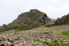 Napes Needles (Cumberland Patriot) Tags: wasdale head lingmell beck stream water valley vale cumbria cumbrian view walk monks trod foot path footpath great gable lower kern knotts fell mountain hill peak scree rock rocks rocky english lake district national park
