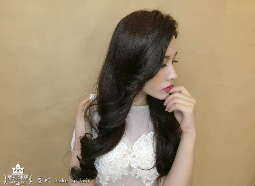 【新秘蓁妮】新娘造型創作 / 深髮色-大波浪捲