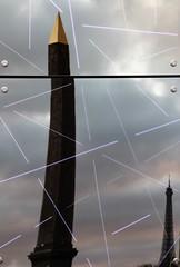 Cut it out... (modestino68) Tags: parigi paris specchio mirror riflesso reflect sera evening torre tower garymoore