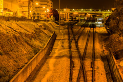 Keep calm (Mica.LRecorder) Tags: trains comboios yellow linhaferrea rails ponte bridge luz light shine brilho estaçao station yard cp micalrecorder