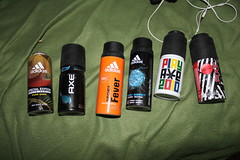 IMG_1534 (Ôscar Canon 420) Tags: adidas spray deodorant play boy axe sport