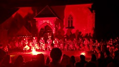 Die Graf Welfenstein-Trommler beim Burgfest in Burghausen (2017) (hellrac3r) Tags: 2017 grafwelfenstein drums drummer trommeln trommler festival renaissance bavaria germany burghausen burgfest