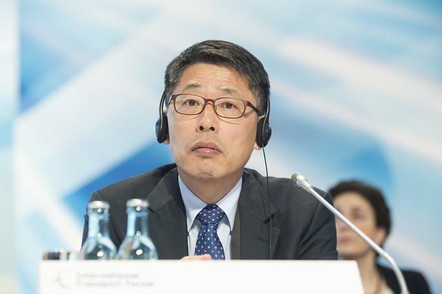 Youngsoo Chang attending the Closed Ministerial