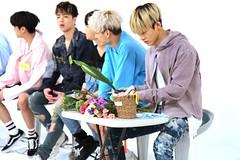 IMG_9345 (momomomoko) Tags: ikon official mbc weeklyidol 170607 yunhyeong hanbin junhoe chanwoo