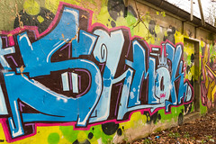Graffiti (Bombendrohung) Tags: köln graffiti divers trainline