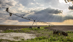 Rain Maker (SteveFrazierPhotography.com) Tags: irrigation system water farm farming agriculture field plowed automatic crop farmland food growing macine mechanical pump rural sky spray wheels pipe midwest america illinois overhead equipment mositure pivot usa unitedstates stevefrazierphotograph canoneos60d johndeere bwadiscs