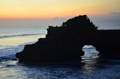 Bali_TanahLot_48 (chiang_benjamin) Tags: bali indonesia tanahlot temple beach ocean coast sea sunset dusk cliff