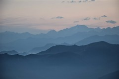 Mountains profiles (gmaugeri1992) Tags: nature mountains mountain light lights natura montagna montagne profili profiles clouds sunset sun chiaroscuro luci luce nuvole nikon d3300 giugno june solstizio summer spring estate primavera photo foto alpi piemonte novara italia italy