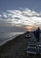 ... i riti (M.a.r.t.Y) Tags: sunset follonica sempre colors mare spiaggia