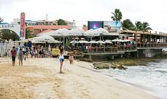 maho-beach-the-refuge