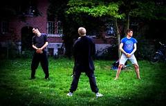 Listen to the wind (Castro Camilo) Tags: master nikon relax yoga berliner berlin monbijoupark parque park