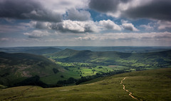 valley (Phil-Gregory) Tags: nikon d7200 d5200 tokina 11mm 1116mm 1120mmproatx 1120mm 1120mmf28 scenicsnotjustlandscapes landscape edale peakdistrict derbyshire ultrawide wideangle wide green light path clouds sky moody valley naturalphotography national naturalworld nature natural nationalpark naturephotography fly peace iamnikon