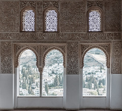 Arabesque windows (ep_jhu) Tags: alhambra x100f spain intricate repetition arches islamic fuji calligraphy españa windows arabesque fujifilm granada andalucía es