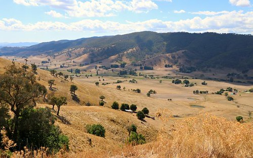 * West Gilmore Road, Tumut NSW