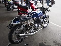 Rickman Suzuki (The Landscape Motorcyclist) Tags: rickman suzuki stroker 500 spannies expansion chambers olympus omdem1 bikefest