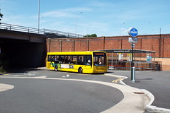 515-02 (Ian R. Simpson) Tags: hf57bkn alexanderdennis enviro200 yellowbuses ratp ratpgroup bus 515